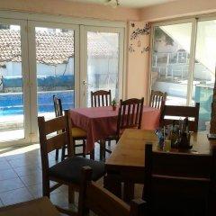Отель Elbarr Guest House Болгария, Балчик - отзывы, цены и фото номеров - забронировать отель Elbarr Guest House онлайн питание фото 2