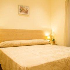 Отель Hostal Excellence Барселона комната для гостей фото 4