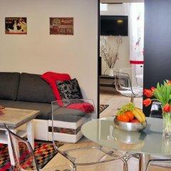 Отель Dorothilux Apartment Венгрия, Будапешт - отзывы, цены и фото номеров - забронировать отель Dorothilux Apartment онлайн комната для гостей