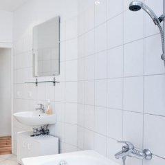 Отель Europeapartments Brüsseler Straße Германия, Берлин - 5 отзывов об отеле, цены и фото номеров - забронировать отель Europeapartments Brüsseler Straße онлайн ванная