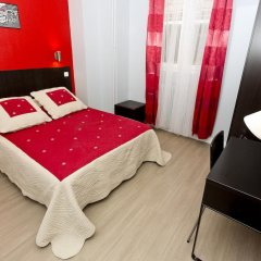 Отель Hipotel Paris Belleville Pyrenees 3* Стандартный номер фото 2