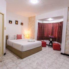 Отель Karon Sunshine Guesthouse & Bar 3* Улучшенный номер с различными типами кроватей фото 10