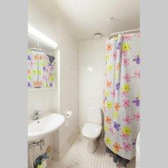 Отель Iso Roobertinkatu Финляндия, Хельсинки - отзывы, цены и фото номеров - забронировать отель Iso Roobertinkatu онлайн ванная