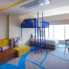 Отель ibis Styles Bangkok Khaosan Viengtai 3* Стандартный семейный номер с разными типами кроватей фото 8