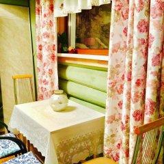 Гостиница Otdyh U Ozera в Изборске отзывы, цены и фото номеров - забронировать гостиницу Otdyh U Ozera онлайн Изборск комната для гостей фото 2