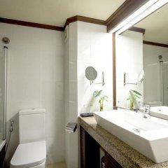 Отель Amaya Hills 4* Улучшенный номер с различными типами кроватей фото 6