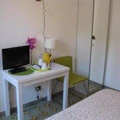 Отель Chez Liviana удобства в номере