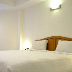 Отель PJ Inn Pattaya 3* Улучшенный номер с различными типами кроватей фото 3