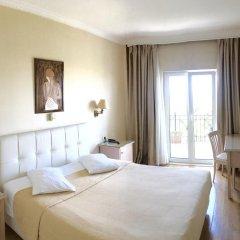 London Hotel 3* Стандартный номер с двуспальной кроватью