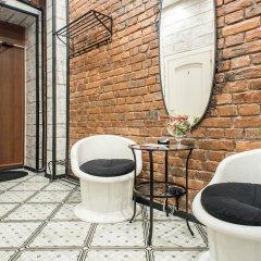 Отель Black & White na Sennoy Санкт-Петербург ванная