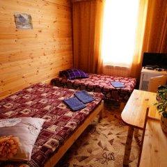 База Отдыха Сказка комната для гостей фото 2