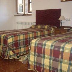Отель Casa de Aldea La Casona de Los Valles комната для гостей