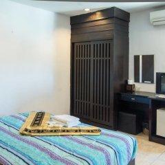 Отель Patong Bay Guesthouse 2* Номер Делюкс с различными типами кроватей фото 5