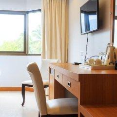 Chaweng Budget Hotel 3* Стандартный номер с различными типами кроватей фото 12