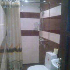 Отель Holiday home Pyataya ulitsa Армения, Ереван - отзывы, цены и фото номеров - забронировать отель Holiday home Pyataya ulitsa онлайн ванная фото 2