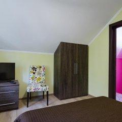 Гостевой дом Лорис комната для гостей фото 4