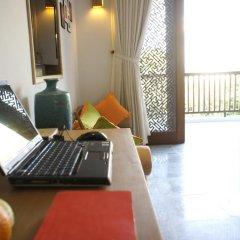 Отель Hoi An Chic 3* Люкс с различными типами кроватей фото 24