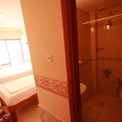 Tolya Hotel 2* Стандартный семейный номер с различными типами кроватей фото 8