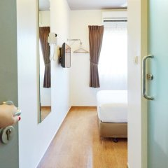 Отель Red Planet Bangkok Asoke 2* Стандартный номер с различными типами кроватей фото 17