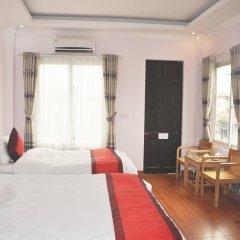 Hanoi Downtown Hotel 2* Улучшенный номер с двуспальной кроватью
