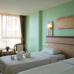 Отель Eastern Grand Palace 4* Улучшенный номер с различными типами кроватей