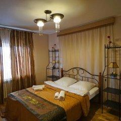 Гостевой дом Helen's Home Стандартный номер с двуспальной кроватью (общая ванная комната) фото 3
