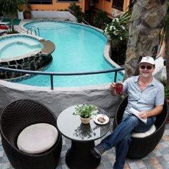 Отель 1775 Adriatico Suites Филиппины, Манила - отзывы, цены и фото номеров - забронировать отель 1775 Adriatico Suites онлайн бассейн фото 2