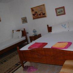 Отель Guesthouse Kadiu Berat Албания, Берат - отзывы, цены и фото номеров - забронировать отель Guesthouse Kadiu Berat онлайн комната для гостей фото 2