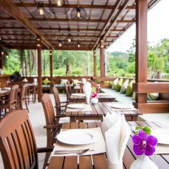 The Phu Beach Hotel питание