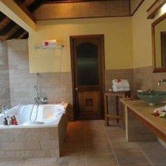 Отель Cerf Island Resort ванная фото 2