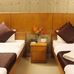 Отель Delhi Marine Club C6 Vasant Kunj Индия, Нью-Дели - отзывы, цены и фото номеров - забронировать отель Delhi Marine Club C6 Vasant Kunj онлайн комната для гостей фото 4