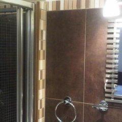 Old Friend Hotel ванная