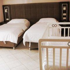 Hotel Nais Beach 3* Стандартный семейный номер с двуспальной кроватью фото 5