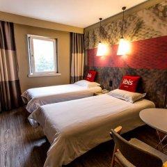 Отель ibis Suzhou Sip 3* Улучшенный номер с 2 отдельными кроватями фото 4