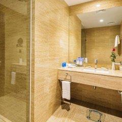 Wyndham Legend Halong Hotel 4* Улучшенный номер с различными типами кроватей