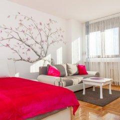 Апартаменты Stay In Apartments комната для гостей фото 5