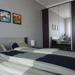 Апартаменты BLVD Apartments комната для гостей