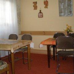Отель Willa Jarowit Закопане помещение для мероприятий
