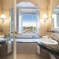 Rome Marriott Grand Hotel Flora 4* Номер Делюкс с различными типами кроватей