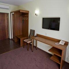 Гостиница Старый дворик на Мопра Стандартный номер с двуспальной кроватью фото 11