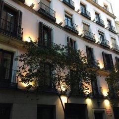 Отель Hotelo rooms Мадрид вид на фасад фото 3