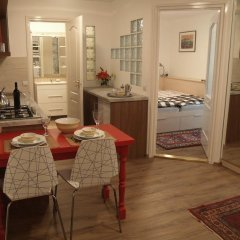 Апартаменты Romantic Garden Art Studio near Andrassy Avenue спа