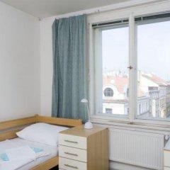 Hostel Mikoláše Alše Прага комната для гостей фото 3