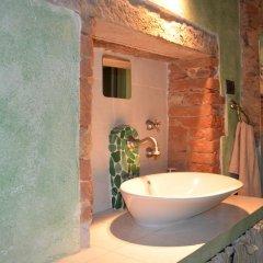 Отель La Vite In Castello Монтескудаио ванная