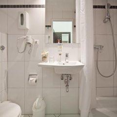 Novum Hotel Graf Moltke Hamburg 3* Стандартный номер двуспальная кровать фото 5