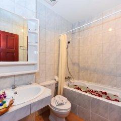 Отель Art Mansion Patong 3* Стандартный номер с двуспальной кроватью фото 13