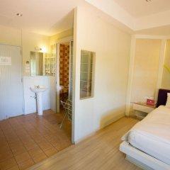 Отель ZEN Rooms Naklua 3* Улучшенный номер с различными типами кроватей фото 12