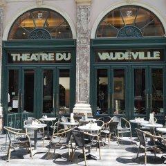 Отель B&B Vaudeville гостиничный бар