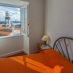 Отель Comercial Azores Guest House Стандартный номер фото 5