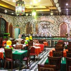 Отель Mayfair Hotel ОАЭ, Дубай - отзывы, цены и фото номеров - забронировать отель Mayfair Hotel онлайн гостиничный бар